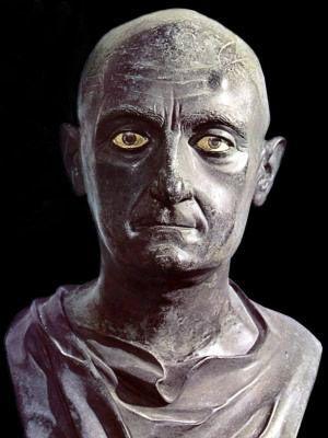 """Publio Cornelio Escipion """"El Africano"""", aprendió de su mas temido y admirado enemigo el gran general de Cartago Anibal Barca al que respeto y venció en la Batalla de ZAMA."""