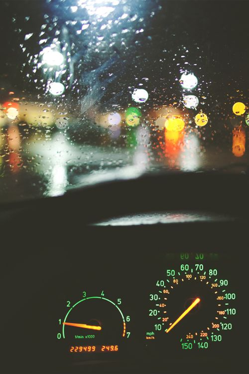 <3 this picture is worth a thousand words. Rain, drive, work, pace, speed, racing through life in the rainy cold night