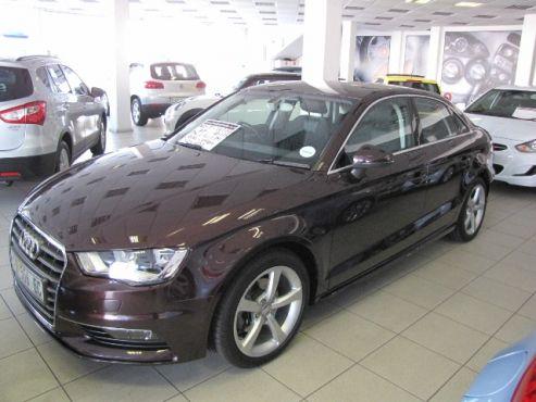 2015 Audi A3 1.4T Fsi SE S-Tronic - R 329 900 - 26 178 kms. Karen Gouws: 082 7514596 / 084 5406178