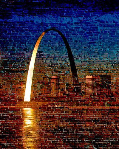 St. Louis, MO riverfront view