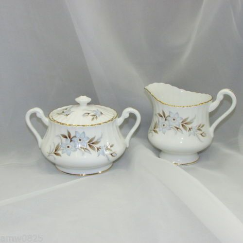 Royal-Standard-amanecer-Crema-amp-Azucarera-Juego-Porcelana-Fina-Inglaterra-Crema