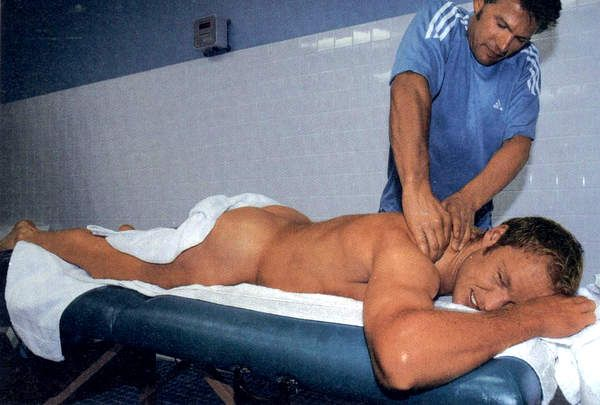 män homosexuell göteborg naked masseur