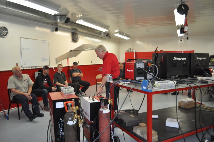 Snap-on Tools Welding seminar students at Team 3 red shop!