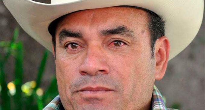 Piden cabeza de hermano de #JoanSebastian #FedericoFigueroa Mas informacion: http://goo.gl/IHWVPk