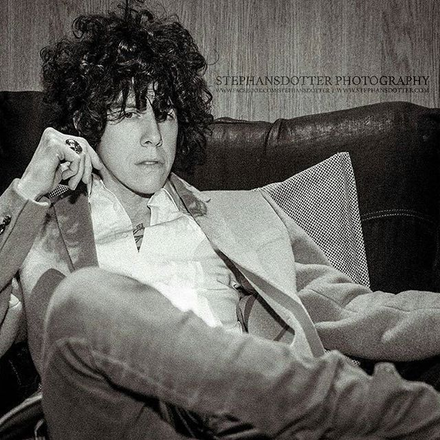 LP via instagram I just said OMG  @iamlpofficial -  Just coat chillin' in #Stockholm #Sweden for a couple days. Doing some radio and press and stuff :). by @tstephansdotter