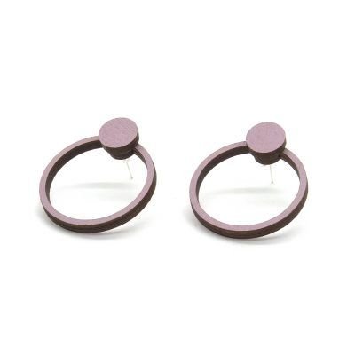 ORB Knob earings in smoky pink. Made of a birch plywood with UV-printed colour on both sides.
