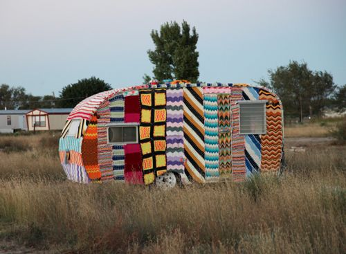 Yarn Bombing - I'm obsessed.