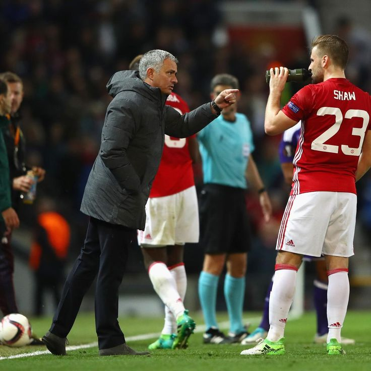 Manchester United Transfer News: Jose Mourinho Talks Luke Shaw Amid Rumours