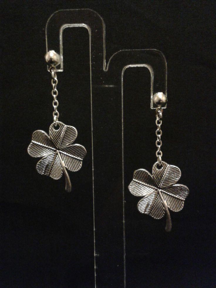 Boucles d'oreilles trèfle à quatre feuilles avec chaines - argenté - 4.5 cm : Boucles d'oreille par l-ebauche-du-temps