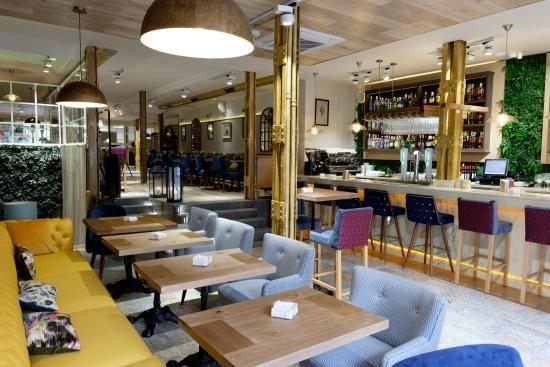 La Caja de Fuencarral, Madrid: Consulta 90 opiniones sobre La Caja de Fuencarral con puntuación 3,5 de 5 y clasificado en TripAdvisor N.°3.883 de 10.349 restaurantes en Madrid.