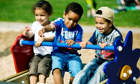 Pre-schoolers - Play for all ages - KOMPAN Play institute - Playgrounds and Play Equipment - KOMPAN