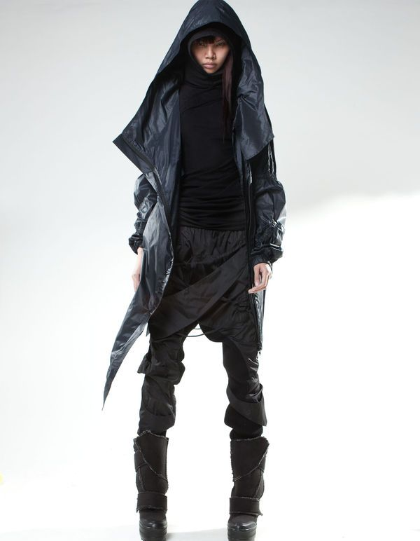 Post-Apocalyptic Fashion - Many would say the future looks grim but that doesn't mean we can't eke out a fashion niche for it. Any subscriber to the idea of a p...