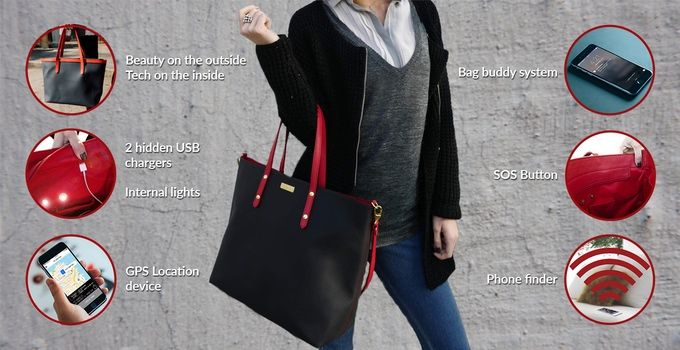 Besides the different pockets and compartments for everything you carry with you, all The Smartbag models have 2 USB chargers for your devices, internal lights, a location device, an SOS button, a phone finder, a bag buddy system and more.