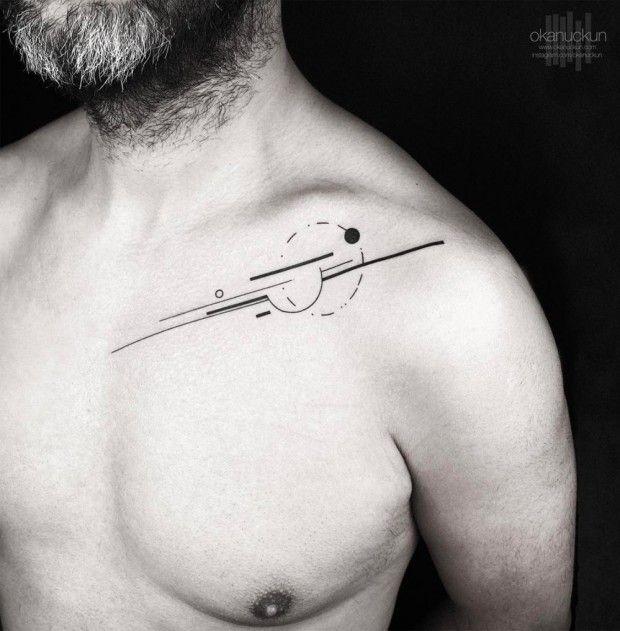 L'artiste tatoueur turc Okan Uckun officie à Istanbul au studio Golden Arrow. Il fait partie de la nouvelle génération de tatoueurs souhaitant faire évolue