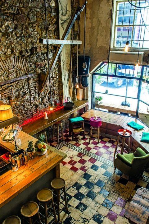 Homy: Ένα barάκι σαν... στο σπίτι σου, στην καρδιά του ιστορικού κέντρου! - Clubs & Bars - Athens Magazine
