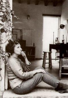 Remedios Varo. Pintora exiliada en México tras la Guerra Civil. Relacionada con la Generación del 27 y con el movimiento surrealista.