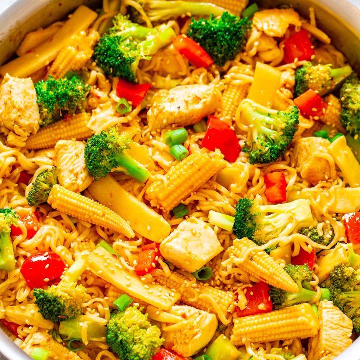 15-Minute Chicken, Ramen Stir Fry 🥦🍅