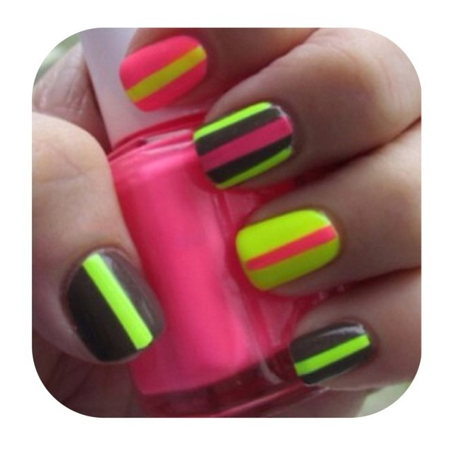 Simple nail art - Sign up for the #NailArtSociety for $9.95/mo. We will curate n deliver the latest tools,polishes accessories for u to try out the newest nail art trends at home! @nailartsociety  pheed.com/nailartsociety