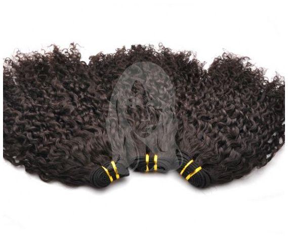 Tissages brésiliens bouclés par lot de 3 paquets composés à 100% de cheveux humains. Du 12 au 26 pouces. Qualité Remy Hair. Livraison gratuite.