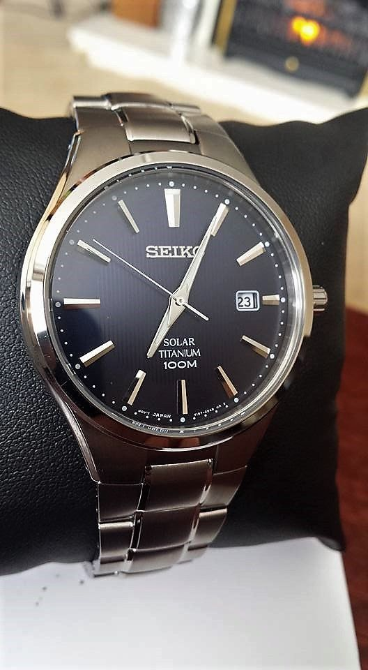 Mens SEIKO Black Dial Men's Silver Watch Date Time Stainless Steel Luxury Watch #Seiko #Luxury