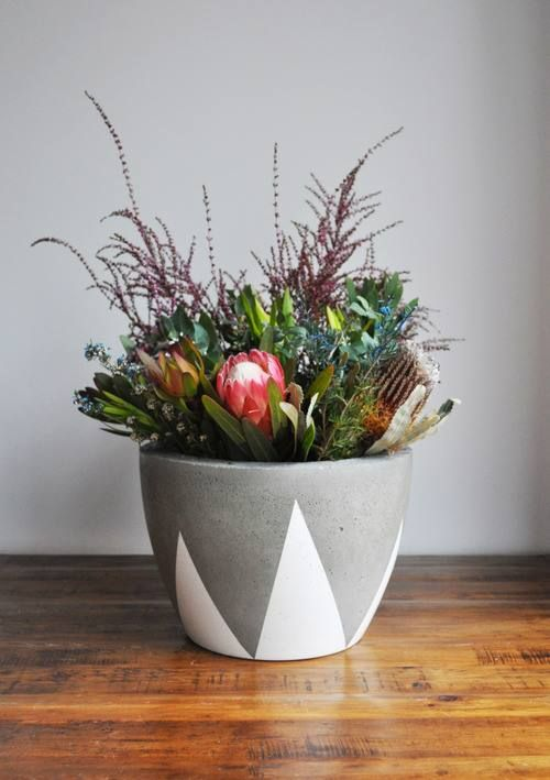Stunning Vase or Planter.