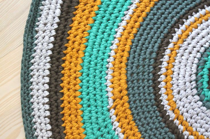 DIY Hæklet Gulvtæppe i Zpaghetti | Lutter Idyl