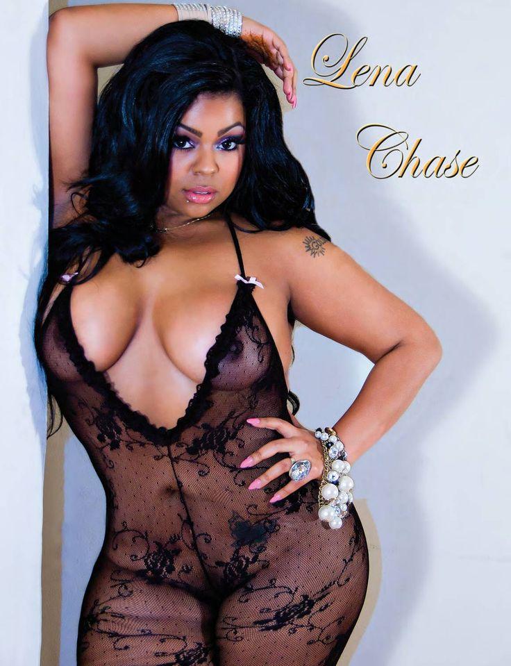 Curvy model Lena Chase