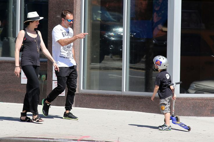 Jonny Lee Miller Photos: Jonny Lee Miller and His Wife Hang Out in NYC