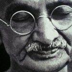10 Préceptes Pour Changer Le Monde – Gandhi                                                                                                                                                      Plus