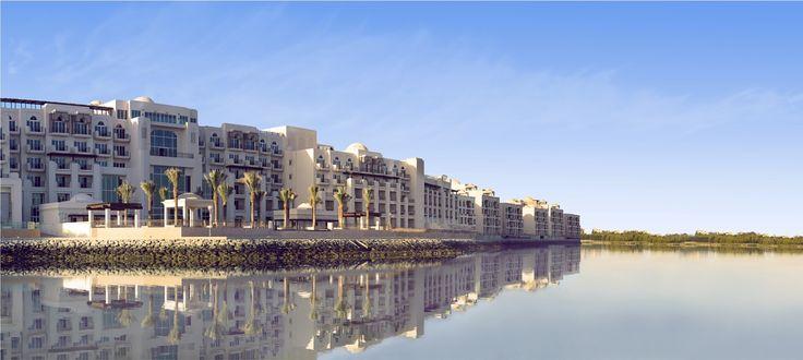 Eastern Mangroves Hotel & Spa By Anantara (Abu Dhabi) - situé aux abords de 1.2 kilomètres de mangroves protégés, à 15 minutes de l'aéroport international.