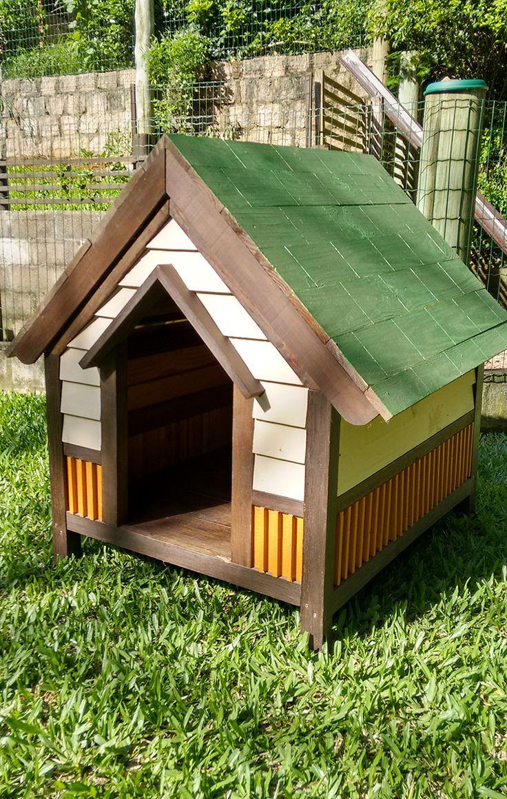 Craftsman dog house