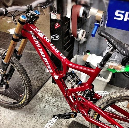 Chirosangaku Red Bull Rampage Pro Bikes Thomas Vanderham S Rocky