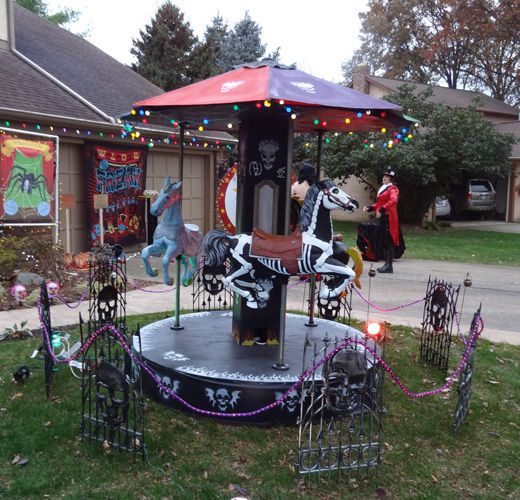 Wow!  Halloween carousel - Includes construction list