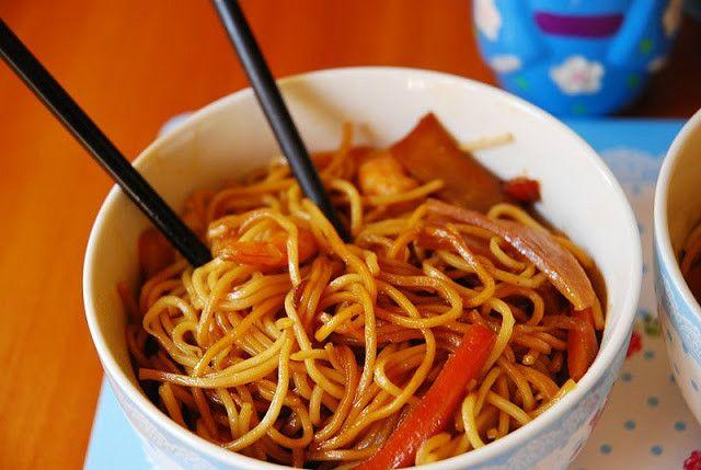 Tallarines fritos al estilo chino - Recetízate