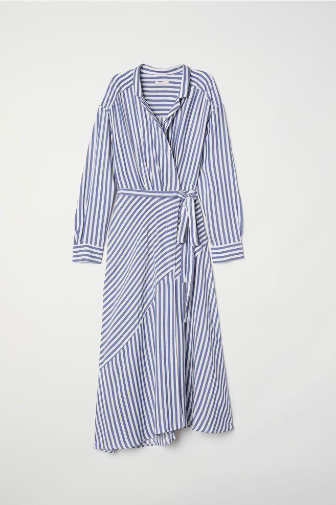 Rochie petrecută cu dungi | Randig klänning, Sommarkläder