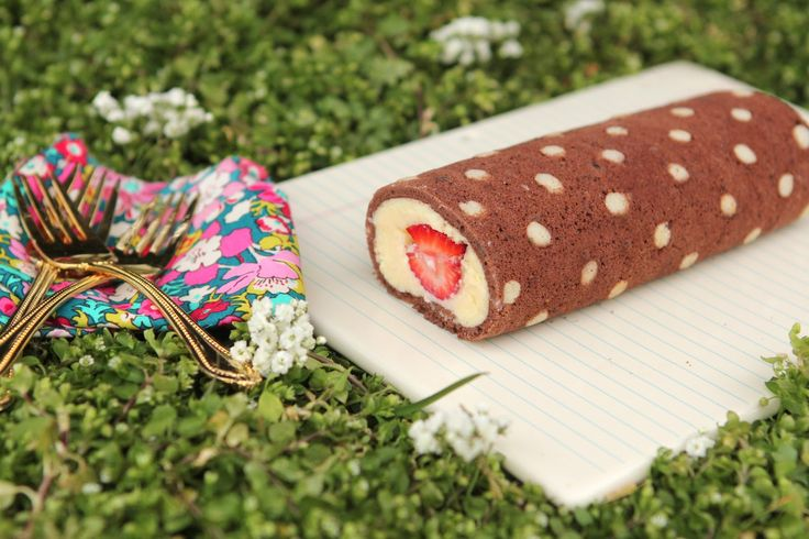 Strawberry Roll Cake Japanese Recipe: 17 Best Images About Cake Roll -Strawberry- On Pinterest
