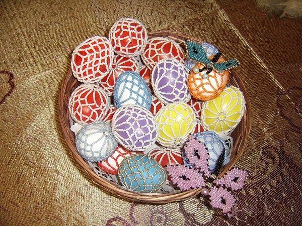 Gyöngyhálóban a színes húsvéti tojás - Mesés gyöngyök