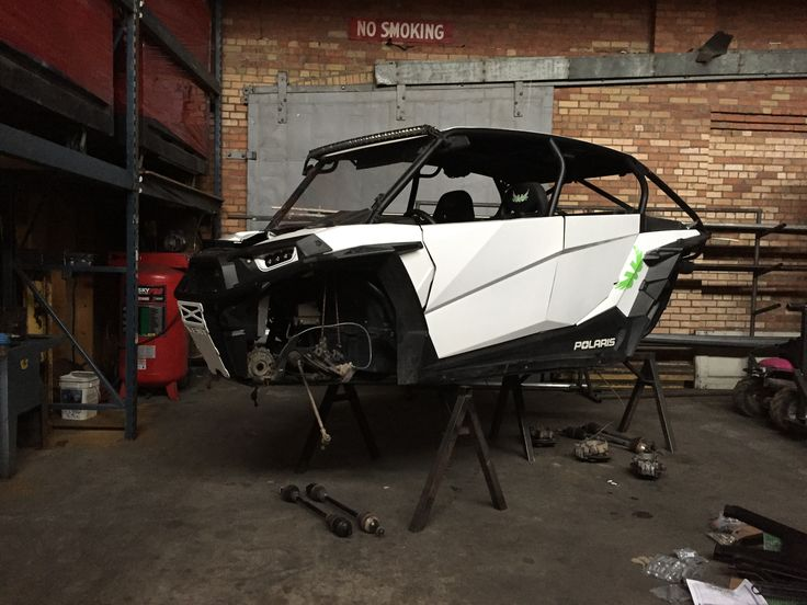 Vent Racing 4-seat FastBack cage on a 2016 Polaris RZR XP 1000 waiting for its new legs HCR Suspension.