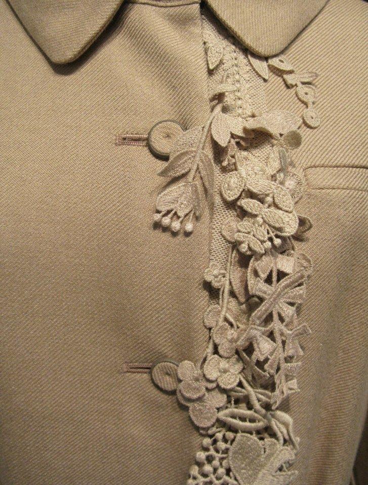 Очень много идей необычных фактур и декора на ткани