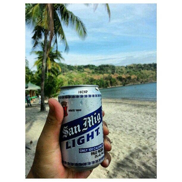 #ビーチ で#ビール #drink #beer #beach #swimming#hot#summer#philippines#海水浴#フィリピン