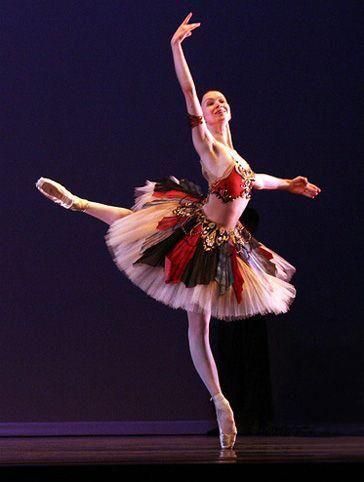 "yoiness:  Olesya Novikova as Gulnare, in ""Corsaire"""