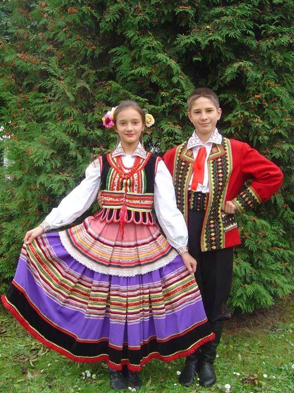 袖を通してみたぁ~い♪世界の可愛い民族衣装まとめ -ルブリンの民族衣装 Find Travel