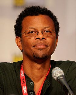 Phil LaMarr - is also known for his small, but memorable role as Marvin in Pulp Fiction, where he got shot in the face. He has an extensive voice acting career, with major roles spanning animated series Justice League/Justice League Unlimited as Green Lantern, Futurama, Samurai Jack. He is the voice of Baxter Stockman in the current version of Teenage Mutant Ninja Turtles.