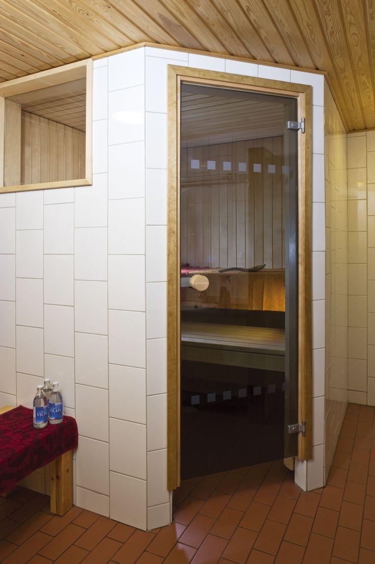 JELD-WEN-saunanovi Pisara http://www.jeld-wen.fi/ovet/saunanovet/saunanovivalikoima/tuotesivu/?productId=3587