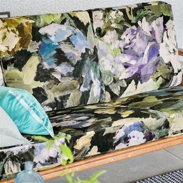 Engelska Tapetmagasinet - tyger - sammet - retrosoffa - storblommigt - tyg - sammet - Designers Guild - Bloomsbury Rose