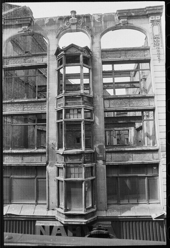 Leipzig, Hainstraße 5-7, 15.8.1991, by Sandra Schink