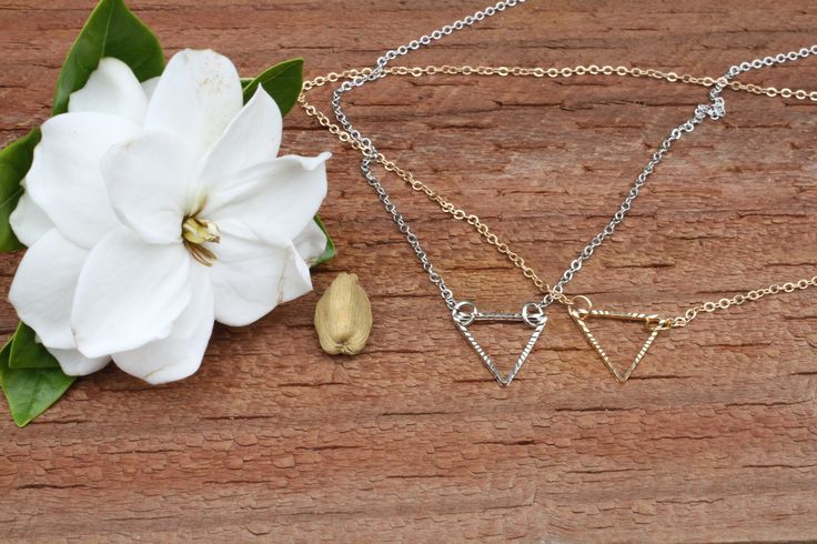 SALE! Silver or gold style triangle necklace Pendant, Simple and sweet Necklace. Top quality Delicate Necklace