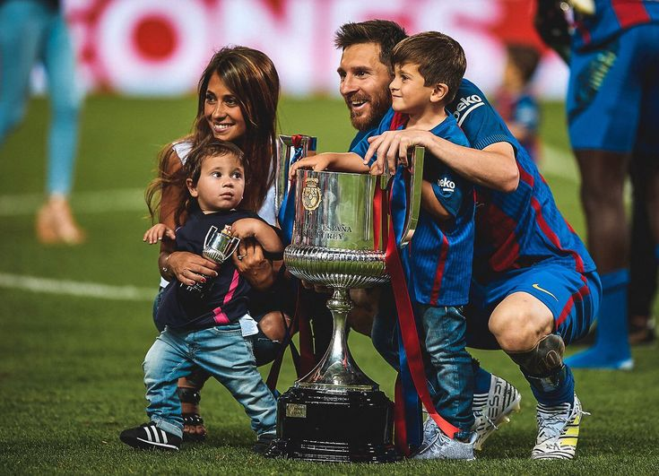 A #Lionel #Messi master class delighted #Barcelona supporters, neutrals, and #Thiago and #Mateo #Messi. #lionelmessi #soccerfam #soccerpics #soccer #futbol