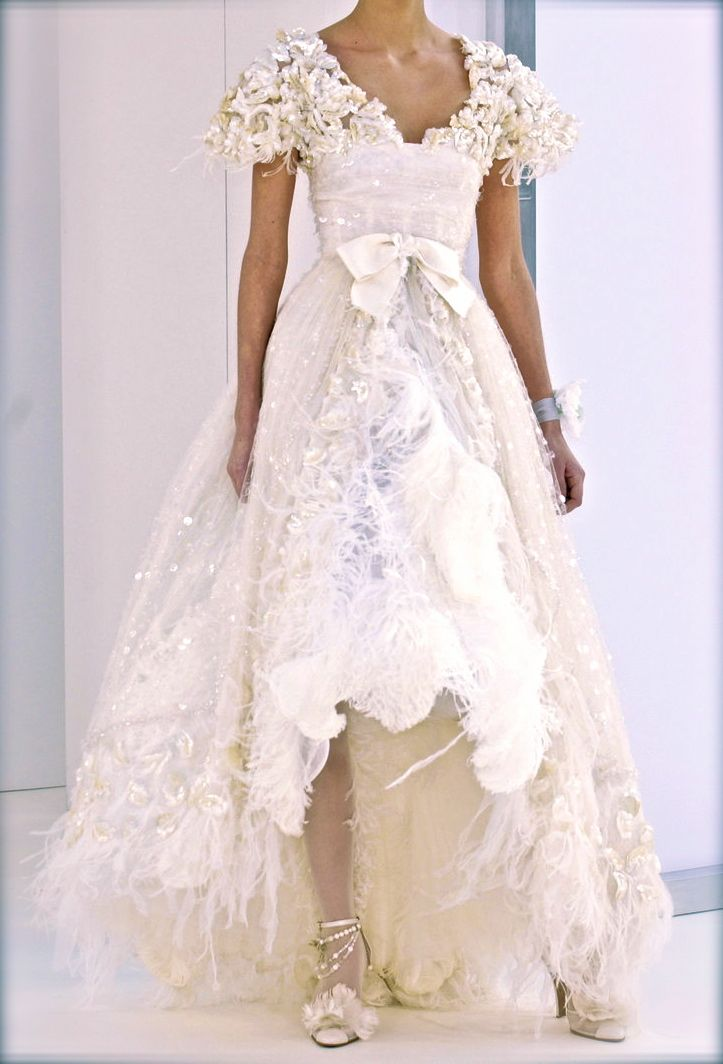 75 best Fashion: Chanel images on Pinterest | Chanel fashion, High ...