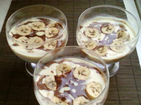 Deser czekoladowo-bananowy. Bardzo słodki i łatwy w przygotowaniu!